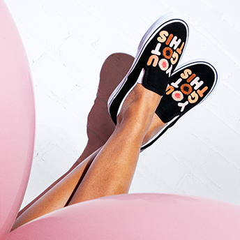 VANS RELEASES COLLECTION TO HONOR BREAST CANCER AWARENESS MONTH
